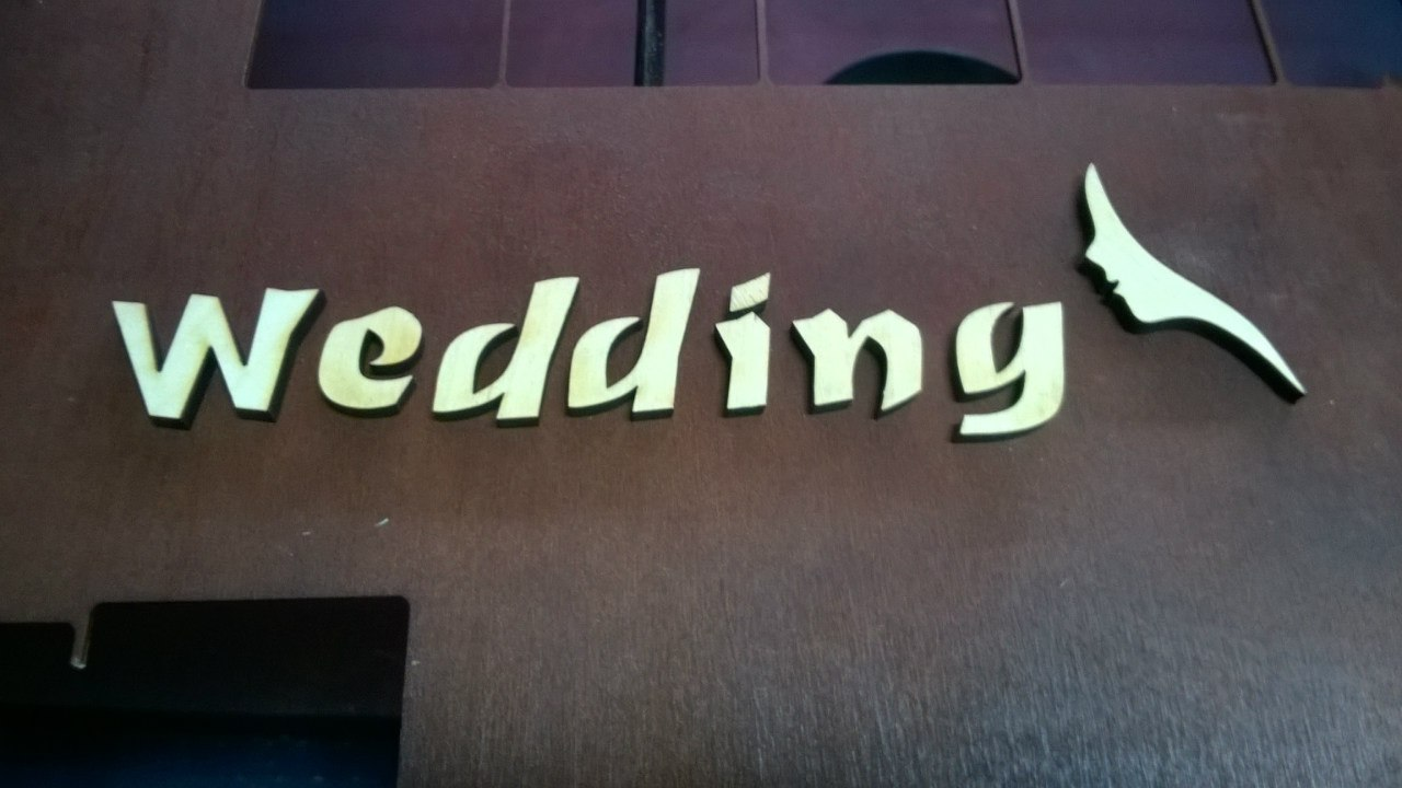 Декор из букв wedding